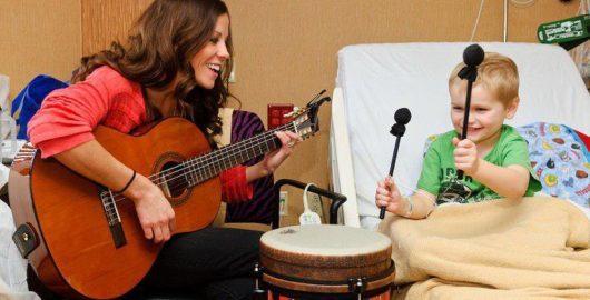 آغاز موسیقی درمانی