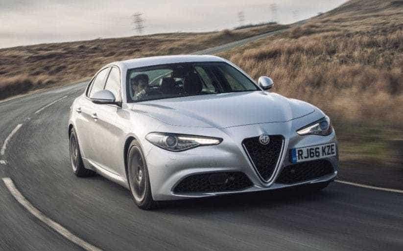 بررسی Alfa Romeo Giulia ؛ آیا این اسب ایتالیایی می تواند از آلمانی ها سبقت بگیرد؟