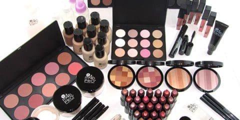 آموزش آرایش و زیباسازی صورت به طور اصولی در چند مرحله