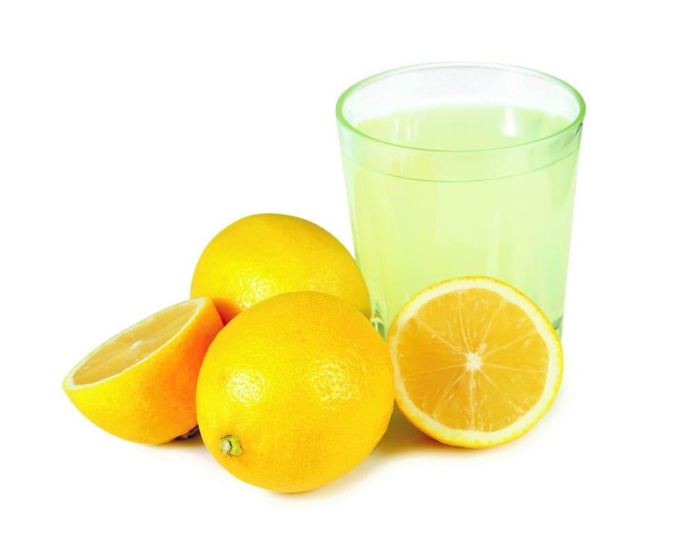 آب لیمو تیرگی آرنج را از بین می برد