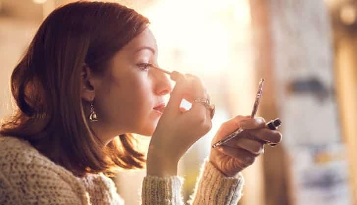 رازهای زیبایی خانمهایی که همیشه آرایشی بینقص دارند