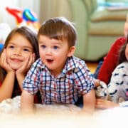 تماشای فیلم کودک با خانواده