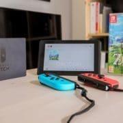 پس از ماه ها صبر ، Nintendo Switch هم اکنون در دسترس است .