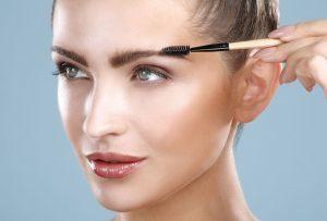 آرایش ابرو با سادهترین روش در چند مرحله بدون نیاز به آرایشگر