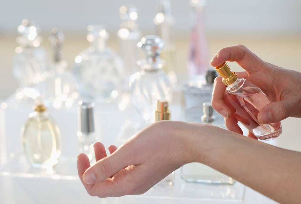 امتحان کردن عطر به روش صحیح در فروشگاه
