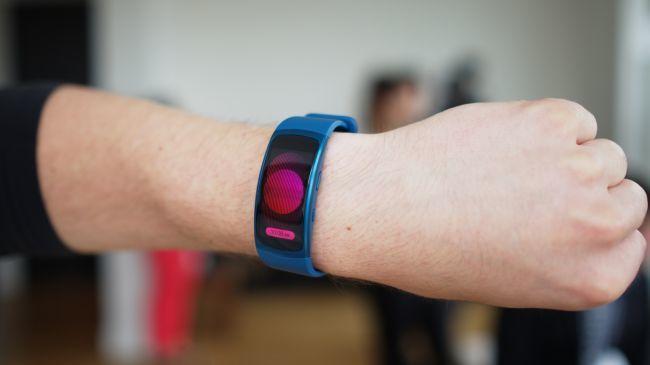 بهترین دستبندهای سلامتی سال 2017