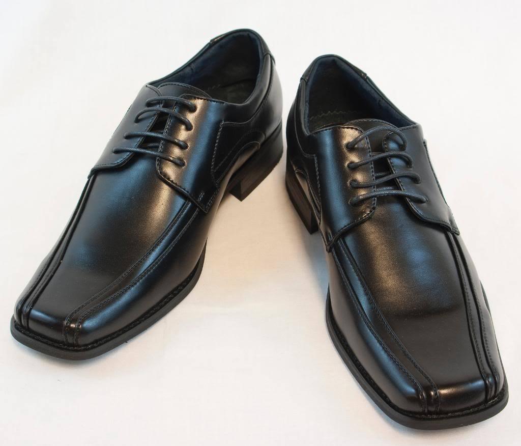 کفشهای پنجه مربعی مردانه