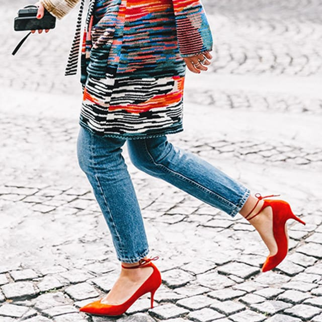 درد کفش پاشنه بلند از دردسرهای لباس پوشیدن