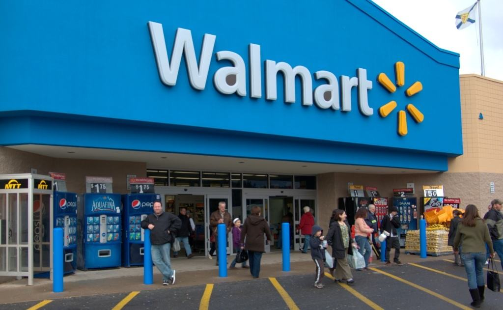 تخفیف های فروشگاه بزرگ وال مارت (wal-Mart) برای خریداران اینترنتی در سال ۲۰۱۷
