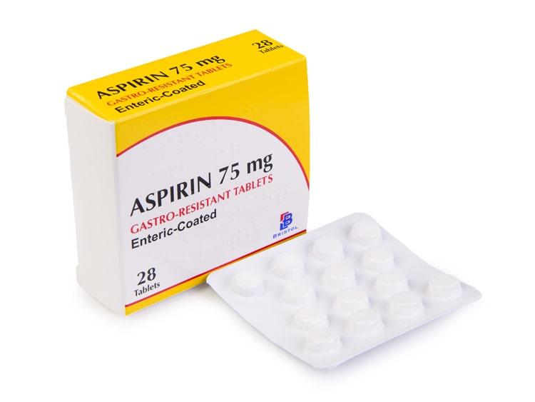 آسپرین (Aspirin) در چه مواردی مصرف میشود؟ – عوارض جانبی شایع و نکات مهم