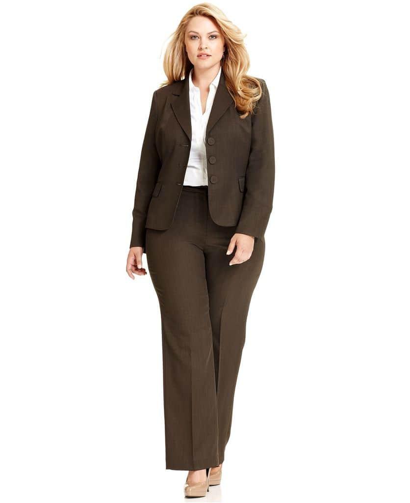 راهنمای کامل سایزبندی و انتخاب لباسهای سایزبزرگ
