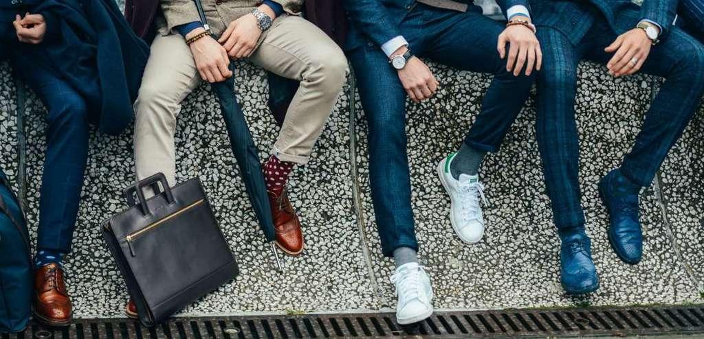 انواع کفش نیمه رسمی مردانه و راهنمای استفاده از آن در محیطهای کاری