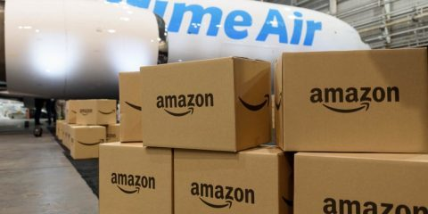 حمل و نقل هوایی فروشگاه اینترنتی آمازون