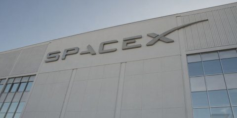 پرتاب ماهواره های ارائه دهنده اینترنت توسط شرکت SpaceX
