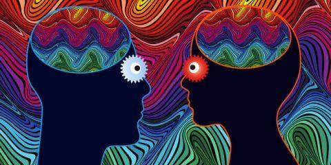 میکرودوزینگ LSD : مفید یا مضر؟