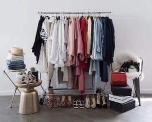 پنج سوالی که هنگام مرتب کردن کمد لباس باید از خود بپرسید