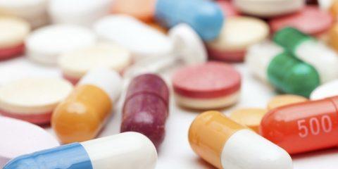 بررسی عارضه آلرژی دارویی