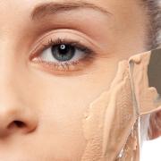 اگر به آرایش زیاد عادت دارید با این ترفندها عادت خود را ترک کنید