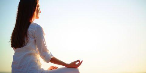 درمان با حرکات یوگا