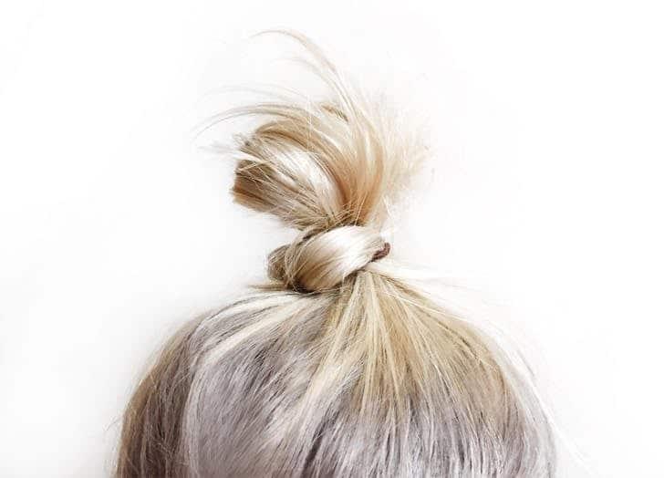چند نکته مهم زیبایی برای خانمهایی که موی بور دارند
