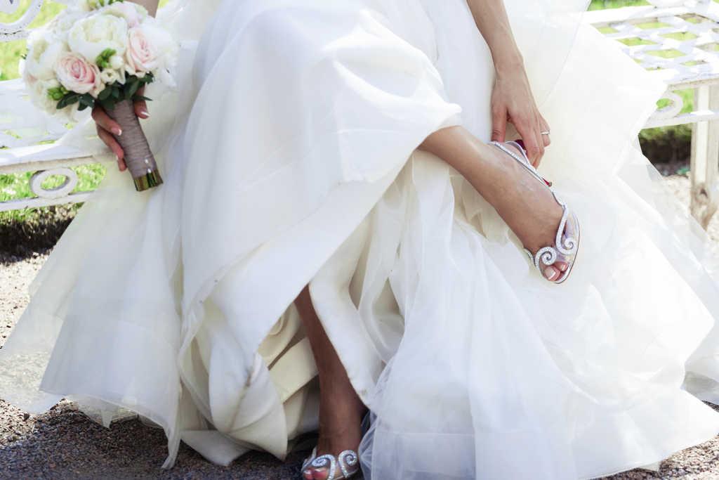۱۲ مدل جدید و زیبای کفش عروس که تکراری و خسته کننده نیستند