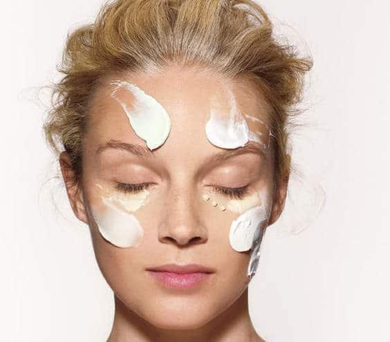 پوستی سالم با مرطوب کننده