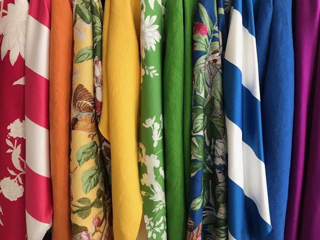ترکیب رنگ لباس ها
