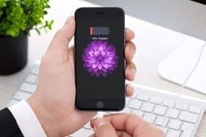 کوتاهی شارژ کردن موبایل