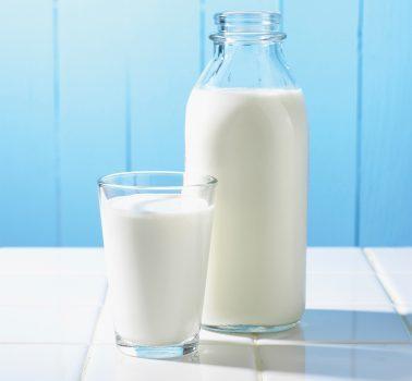 شیر کم چرب یک غذای سالم