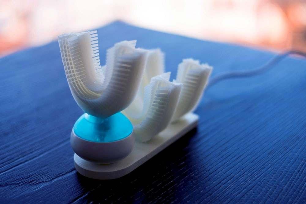 مسواک خودکار Amabrush دندانها را بدون دخالت دست تمیز میکند