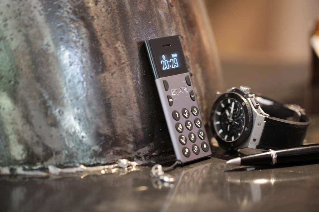 کوچکترین تلفن همراه جهان