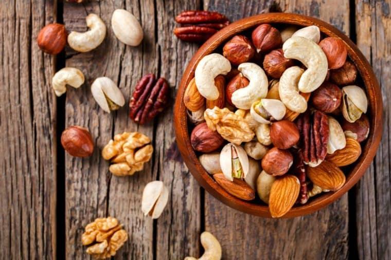 آجیلها منبع آنتی اکسیدان و ویتامین