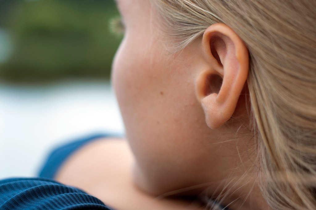 تومور مغزی و کم شنوایی