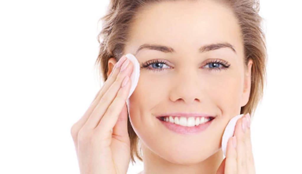 تونر صورت چیست و چه کاربردی در آرایش و زیبایی دارد؟