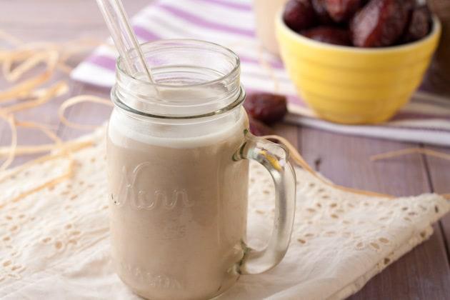 طرز تهیه شیر تخم کتان به صورت مرحله به مرحله و تصویری