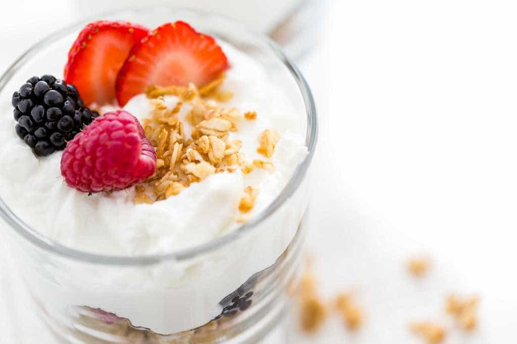 افزایش مصرف پروتئین با ماست یونانی