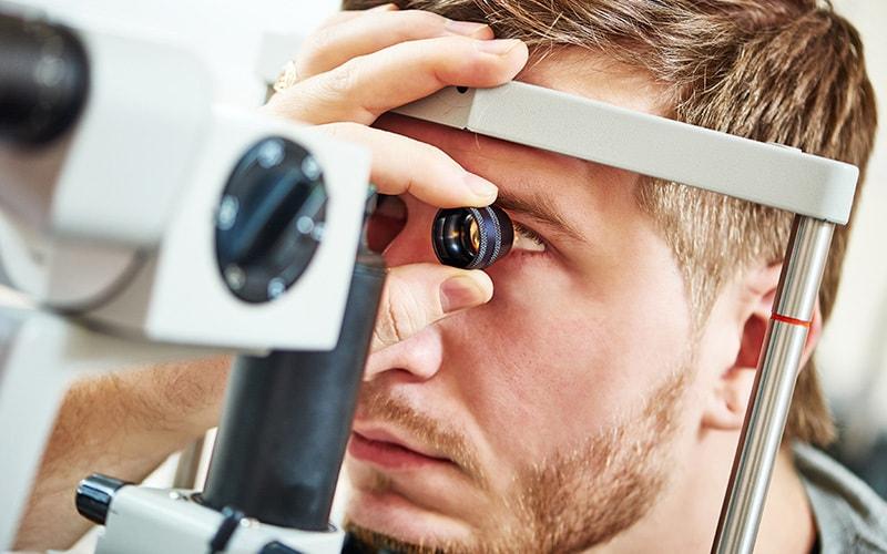 معاینه سالانه یک راه برای مراقبت از چشم