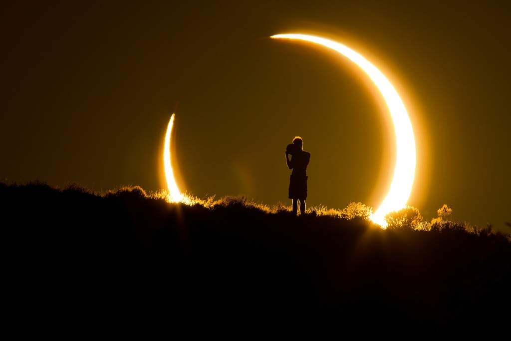 نگاهی به واکنشهای عجیب مردم نسبت به پدیده خورشید گرفتگی در طول تاریخ