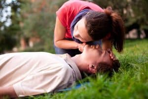 آموزش CPR یا احیای قلبی ریوی