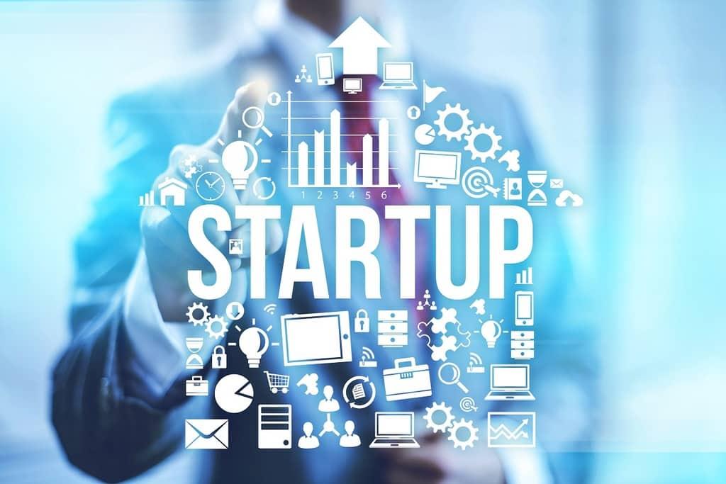 بسیاری از کارآفرینان برجستهی جهان، چیز جدیدی را به فروش نمیرسانند. بلکه یک محصول یا خدمت قدیمی را به شیوهای متفاوت و یا بهتر از دیگران، میفروشند.