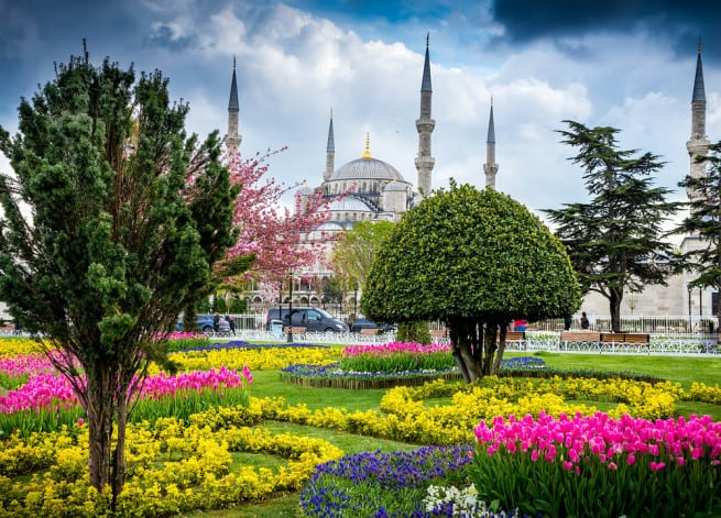 استانبول در ترکیه، از دیگر جاذبه های دیدنی ترکیه محسوب می شود.
