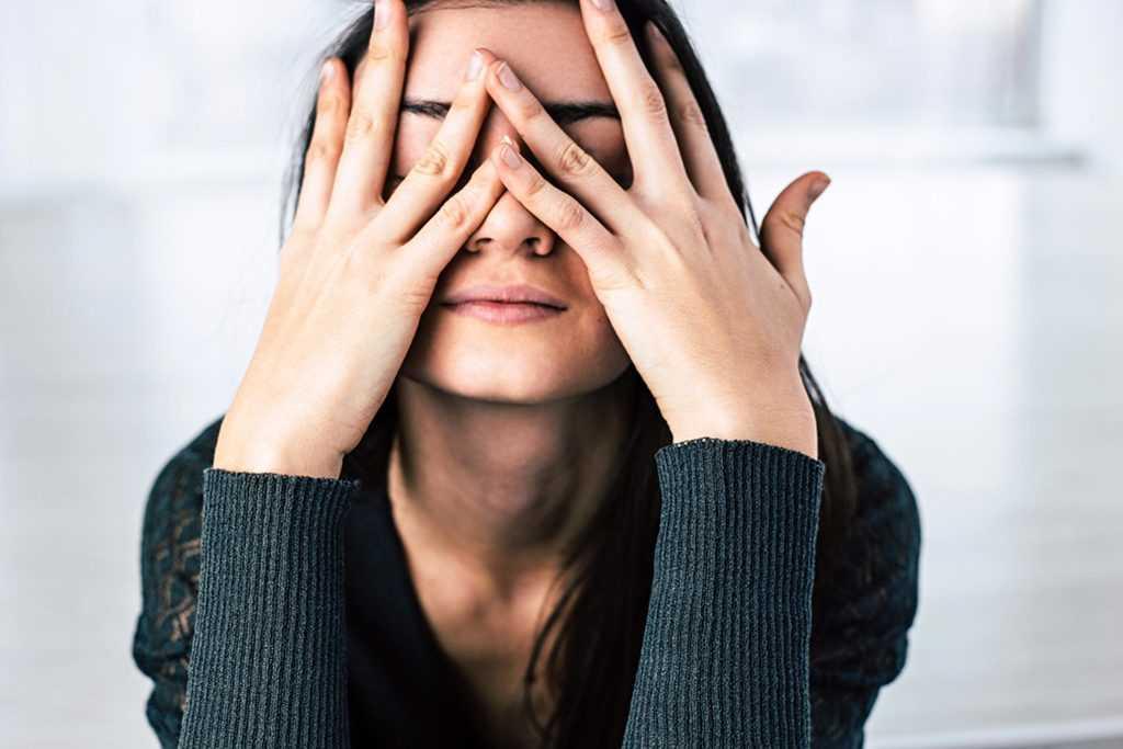 استرس عامل چربی زیاد پوست