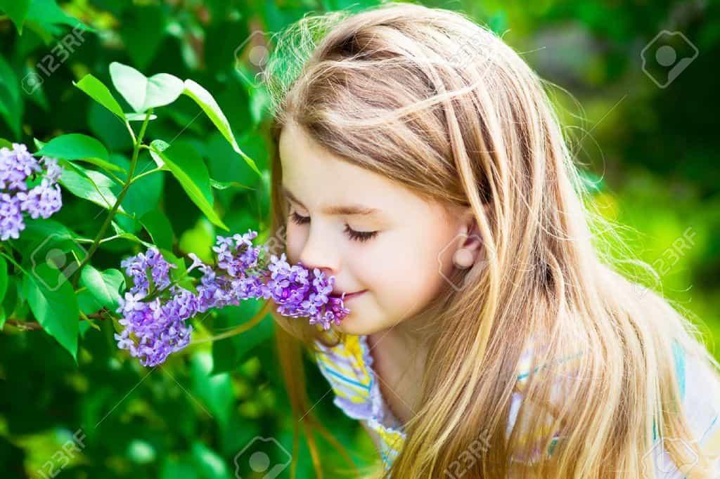 ۸ بوی خوش که طبق تحقیقات شما را شادتر میکند