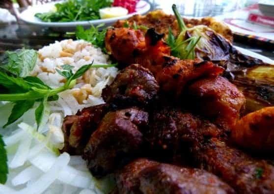 غذاهای ترکیه بسیار خوشمزه هستند.