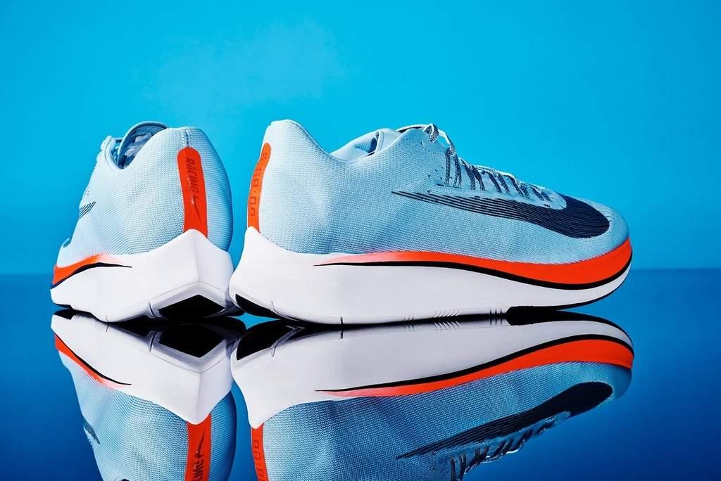 با تکنولوژی جدید شرکت Nike در کمتر از دو ساعت برای خود کفش کتانی طراحی کنید