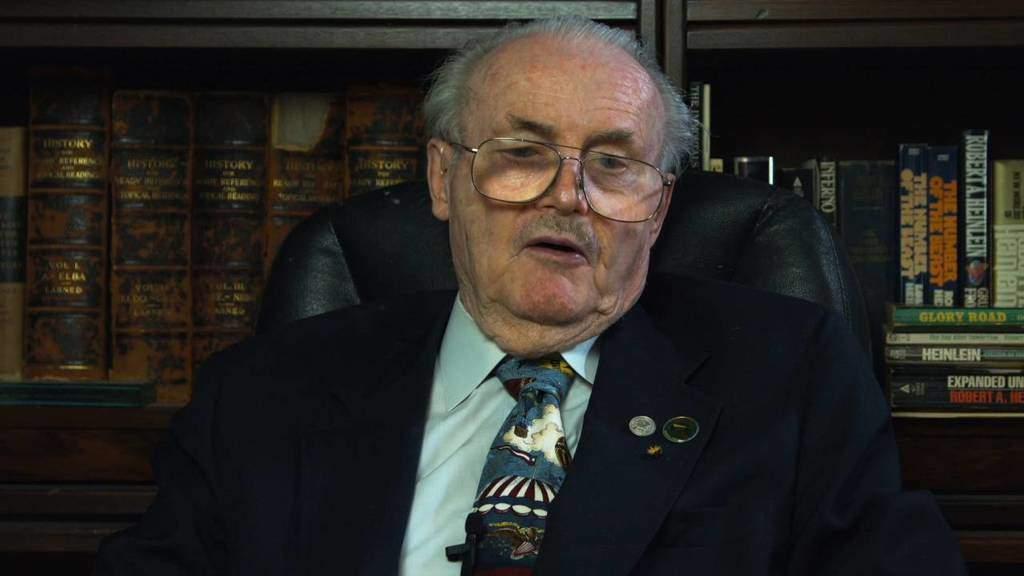 جری پرنل نخستین نویسندهای که از کامپیوتر استفاده کرد درگذشت