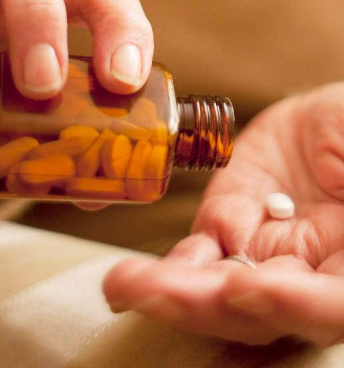 داروی نامزاریک (donepezil and memantine): ویژگیها و عوارض جانبی