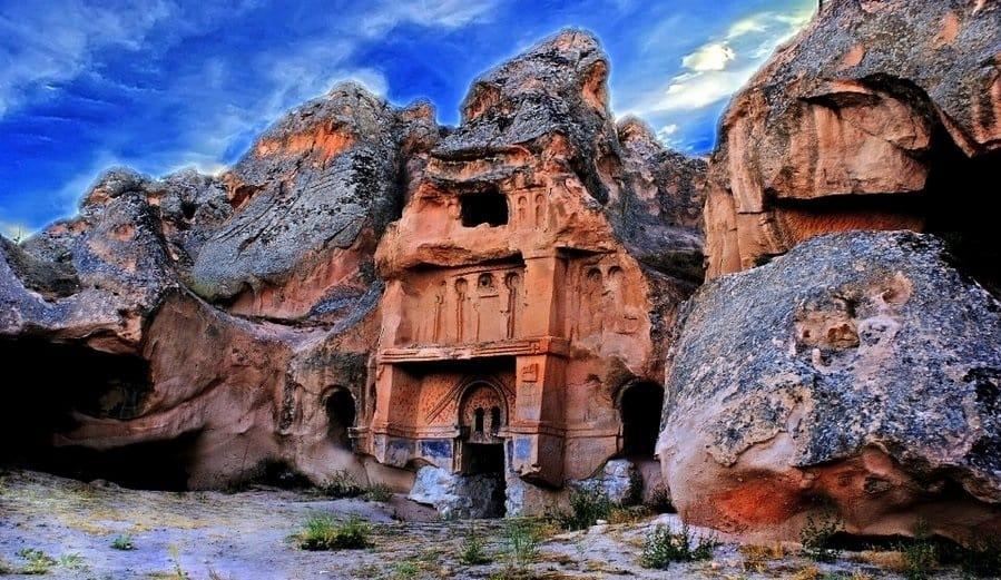 بناهای تاریخی سنگی در کاپادوسیه - کشور ترکیه