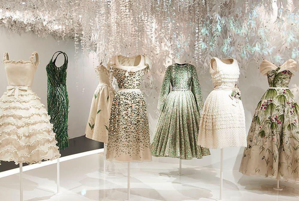 قوانین اصلی انتخاب لباس مجلسی که همه خانمها باید بدانند
