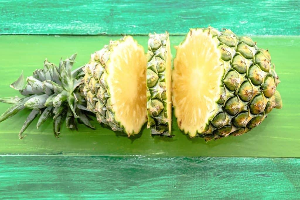 هسته آناناس